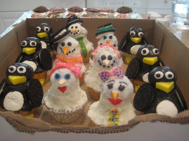 Penguin and Snowmen Cupcakes