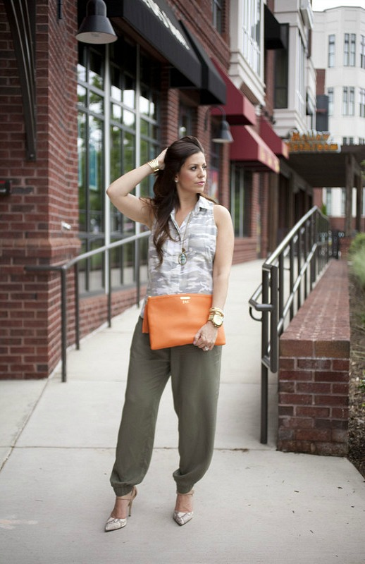 What to wear with jogger pants.