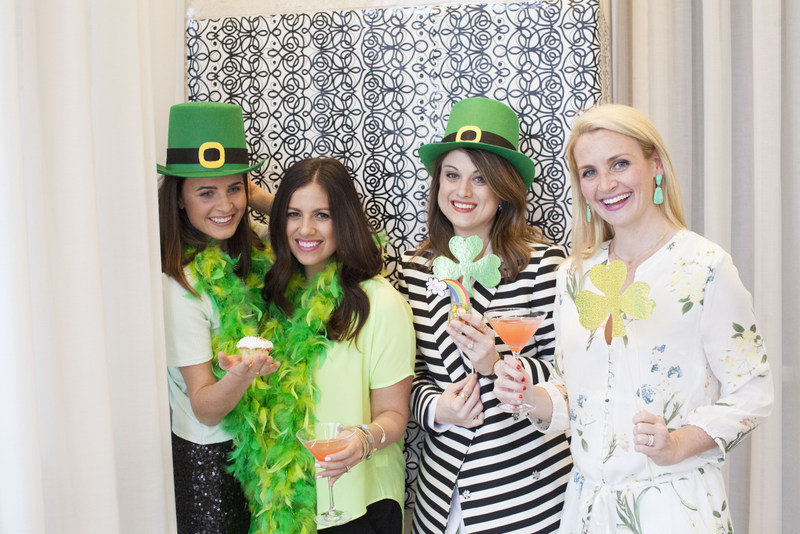 St. Patrick's Day DIY photo booth