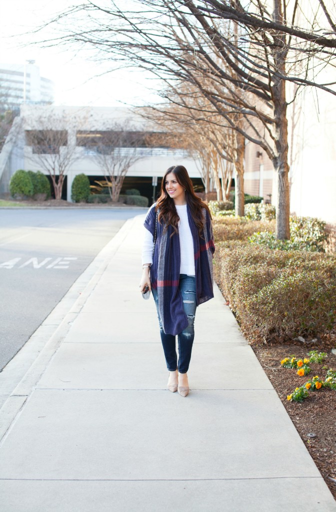 blue plaid blanket scarf with American Eagle distressed skinnies