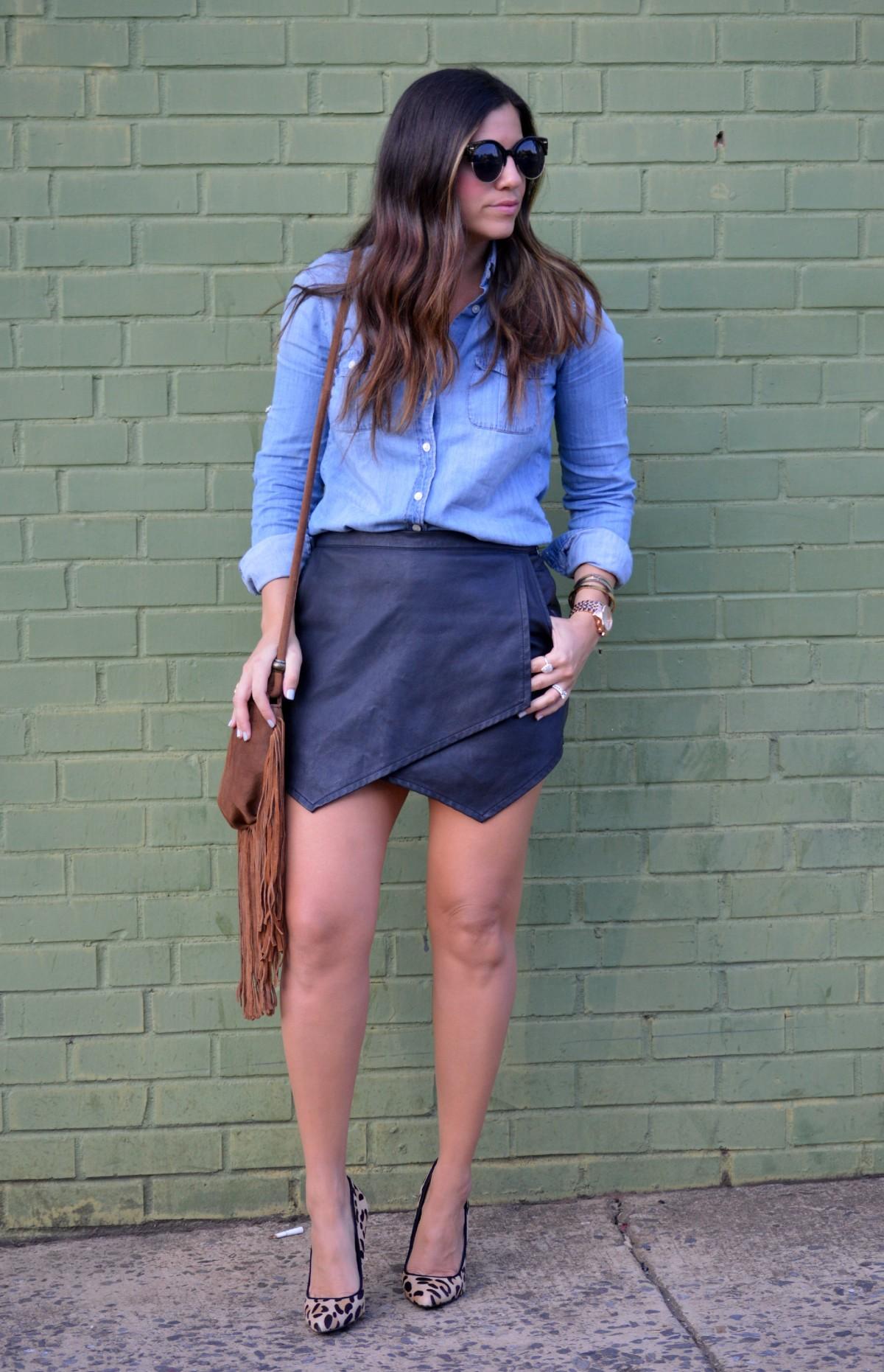 denim top, leather skirt, fringe bag
