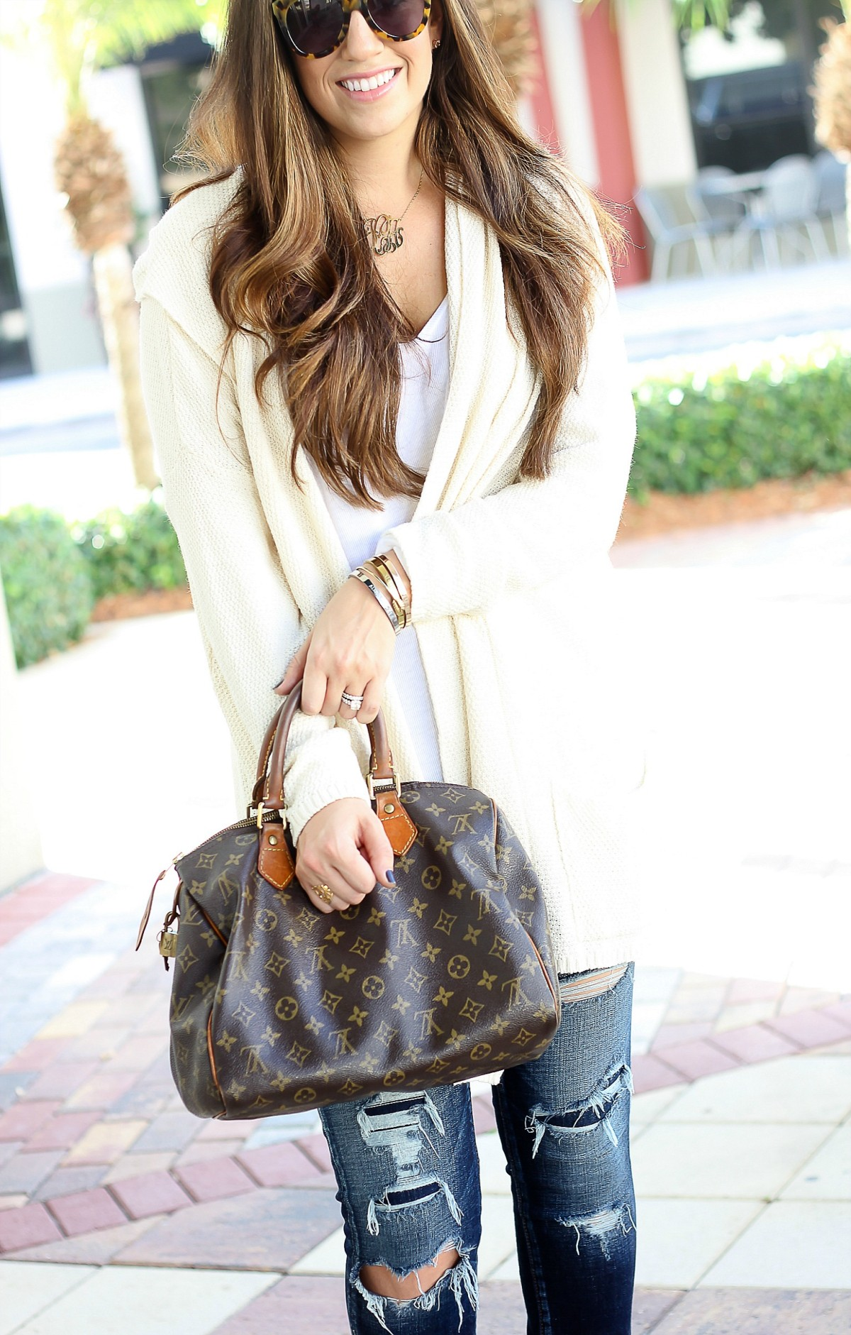 Florida Fashion Blog, casual chic style, american eagle distressed jeans