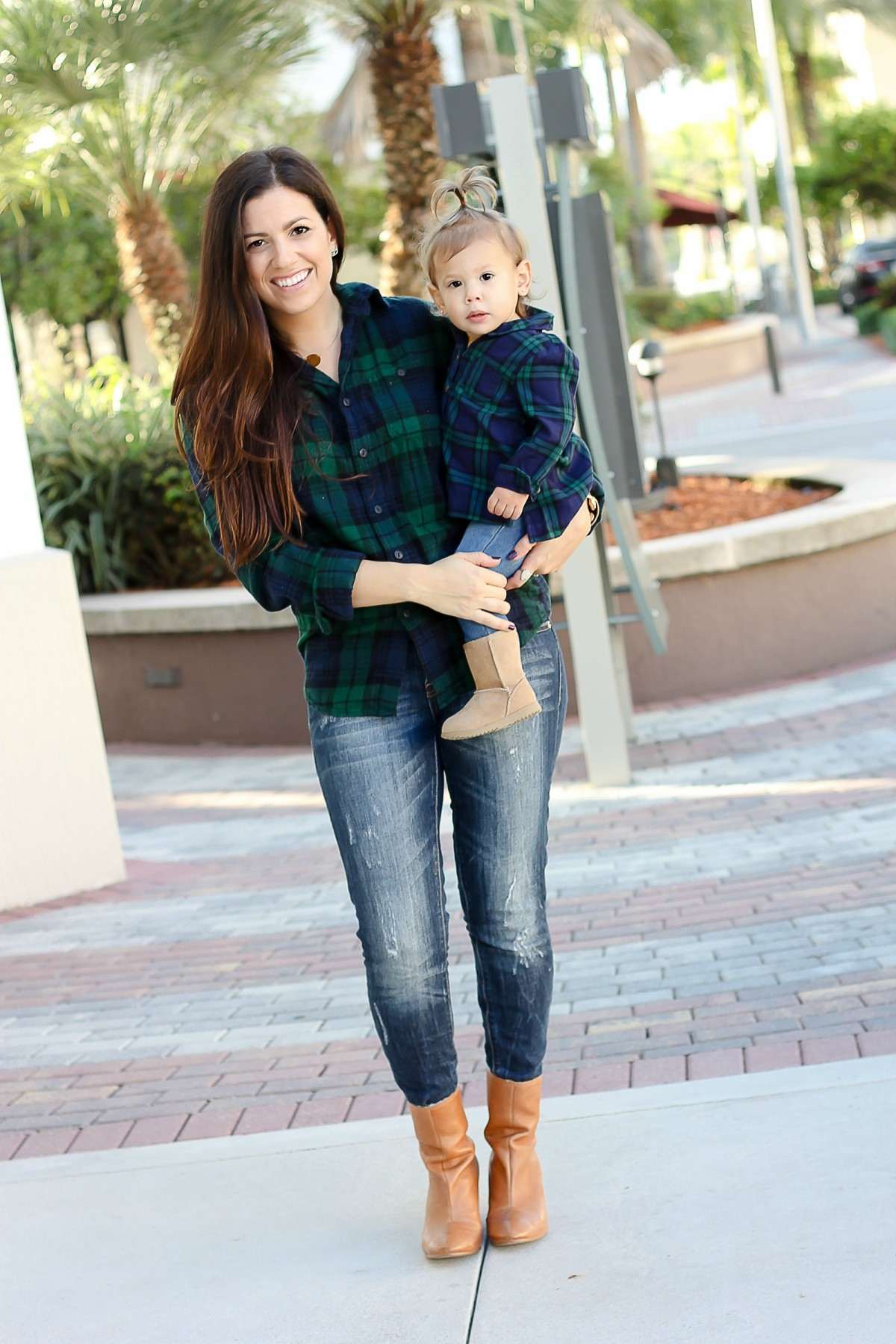 mommy and me outfits, mother daughter matching outfits