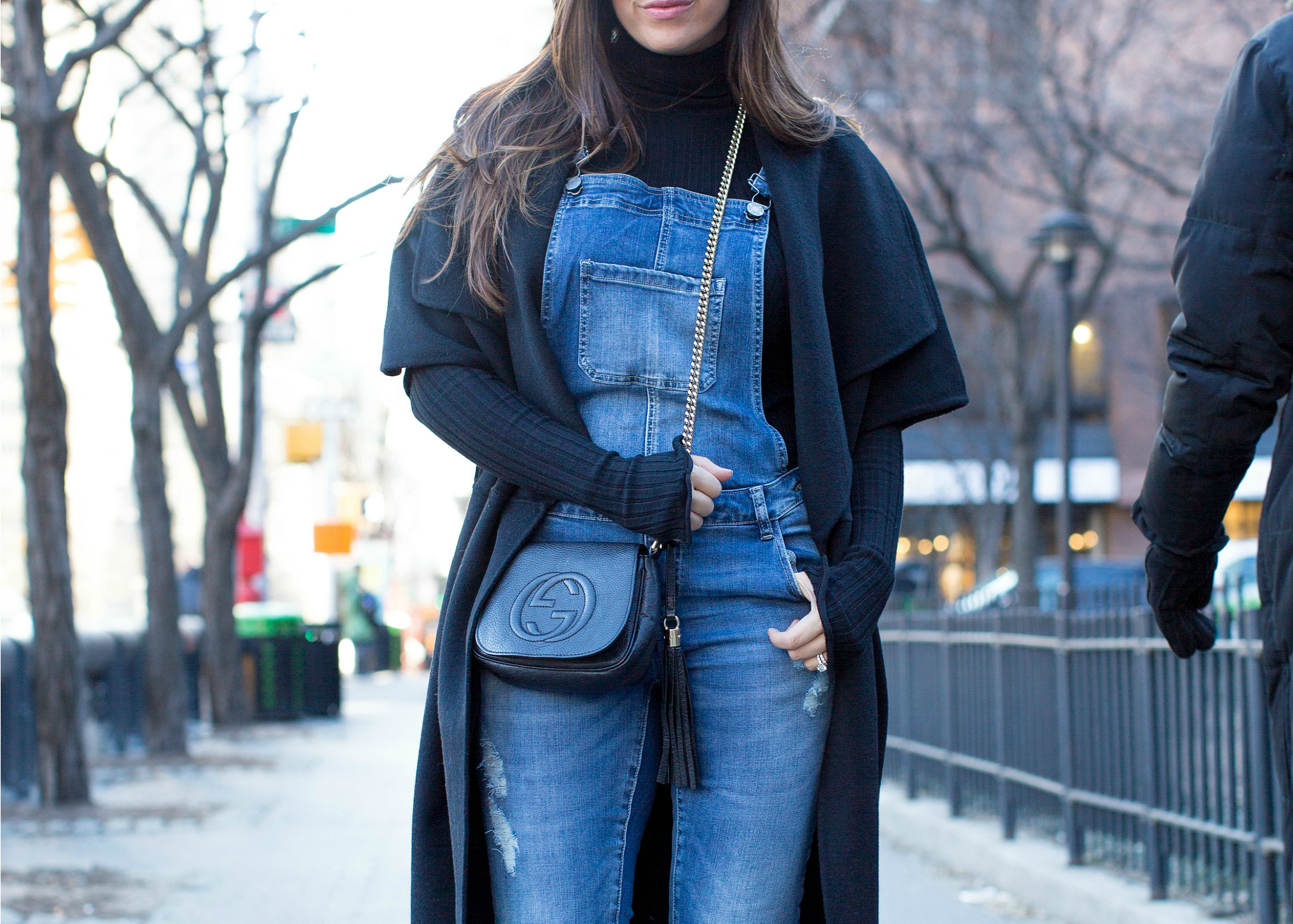 what to wear with overalls