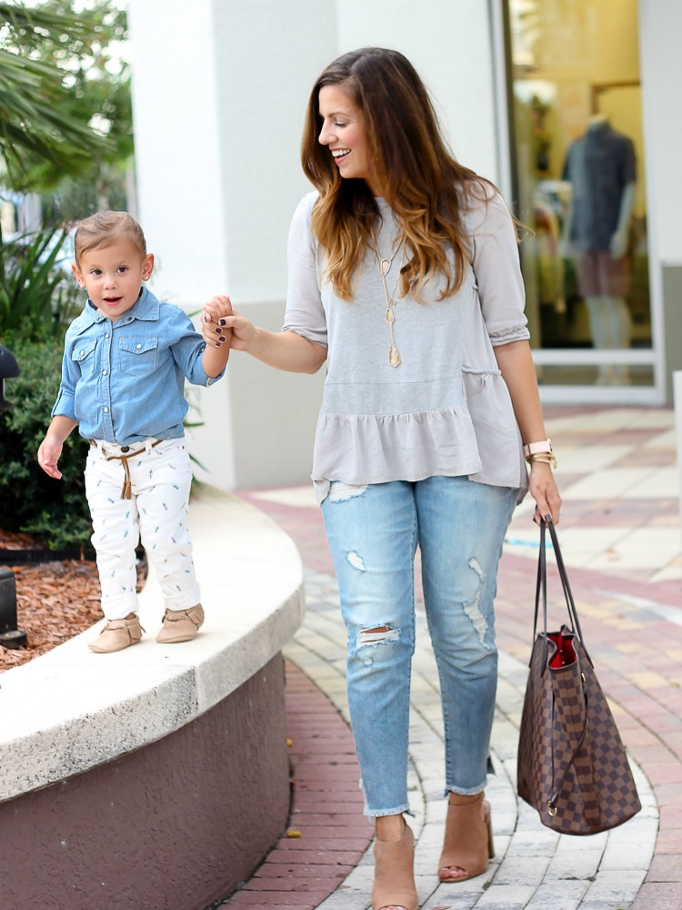 Fashion blogger Jaime Cittadino of Sunflowers and Stilettos with daughter Harley Liv for a mommy and me fashion shoot
