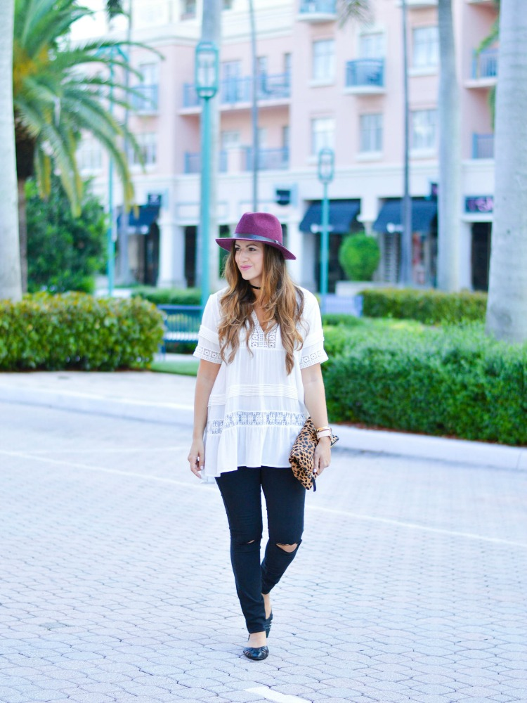 Fashion blogger Jaime Cittadino showing you how to wear fall fashion in the south