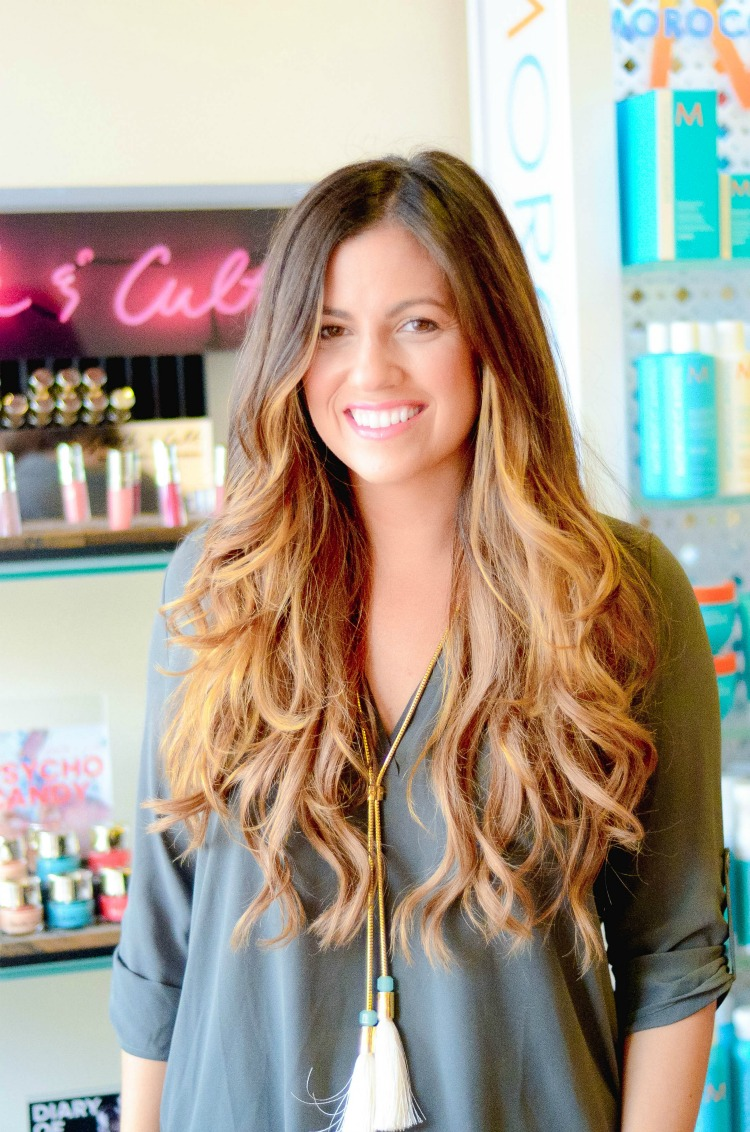 Fashion and Beauty Blogger Jaime Cittadino of Sunflowers and Stilettos wearing Irresistible Me Clip-In Hair Extensions