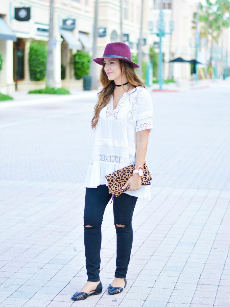 South Florida Fashion Blogger Jaime Cittadino wearing lace and leopard