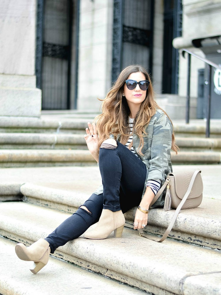 Casual Chic fall outfit, worn by Jaime Cittadino of Sunflowers and Stilettos