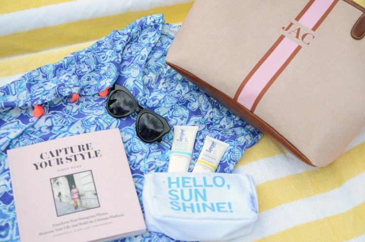 Capture Your Style book by Aimee Song, Barrington Gifts Savannah Tote