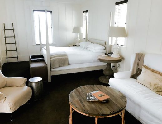 Sonoma, California_Farmhouse Inn hotel room