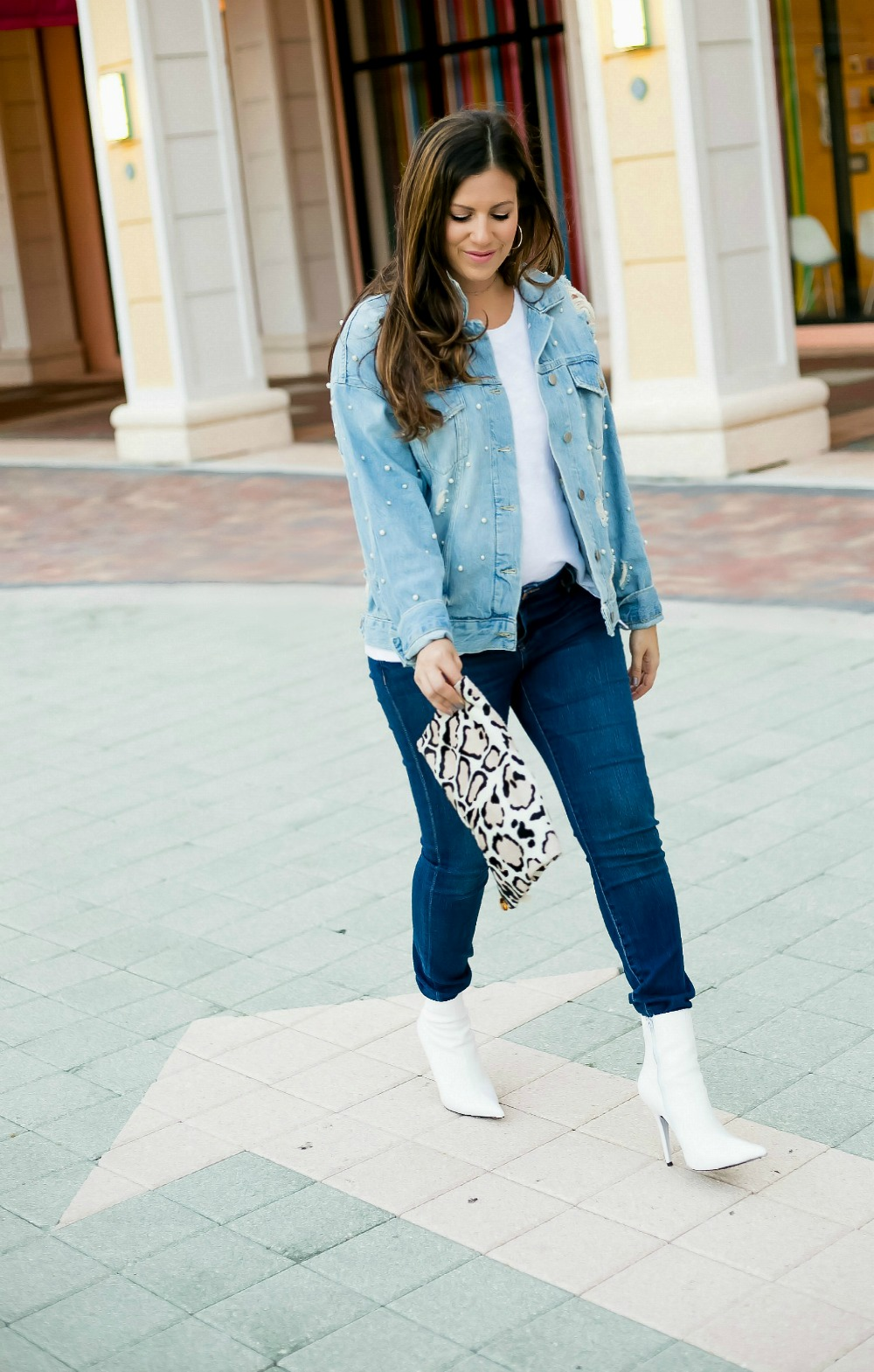 Denim on Denim with White booties _ how to style white booties in fall
