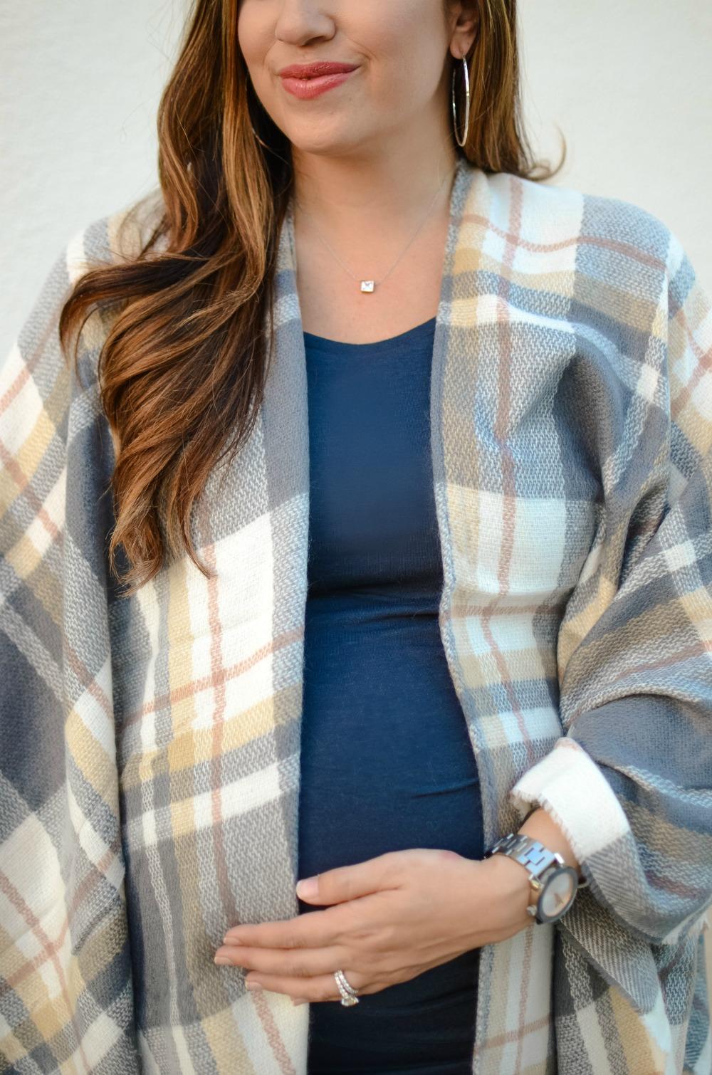 plaid scarf poncho, plaid blanket scarf,  Argento vivo jewelry, cotton body con dress, maternity style