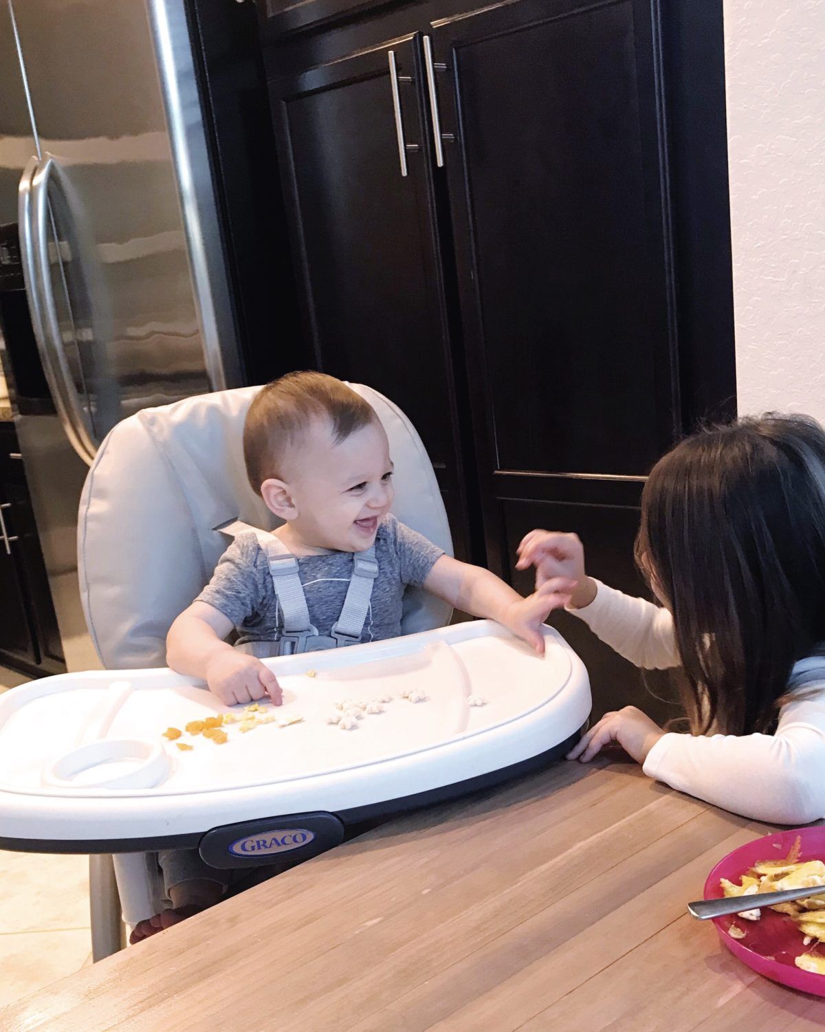 Introducing solids to infants, infant feeding, 9 month old feeding
