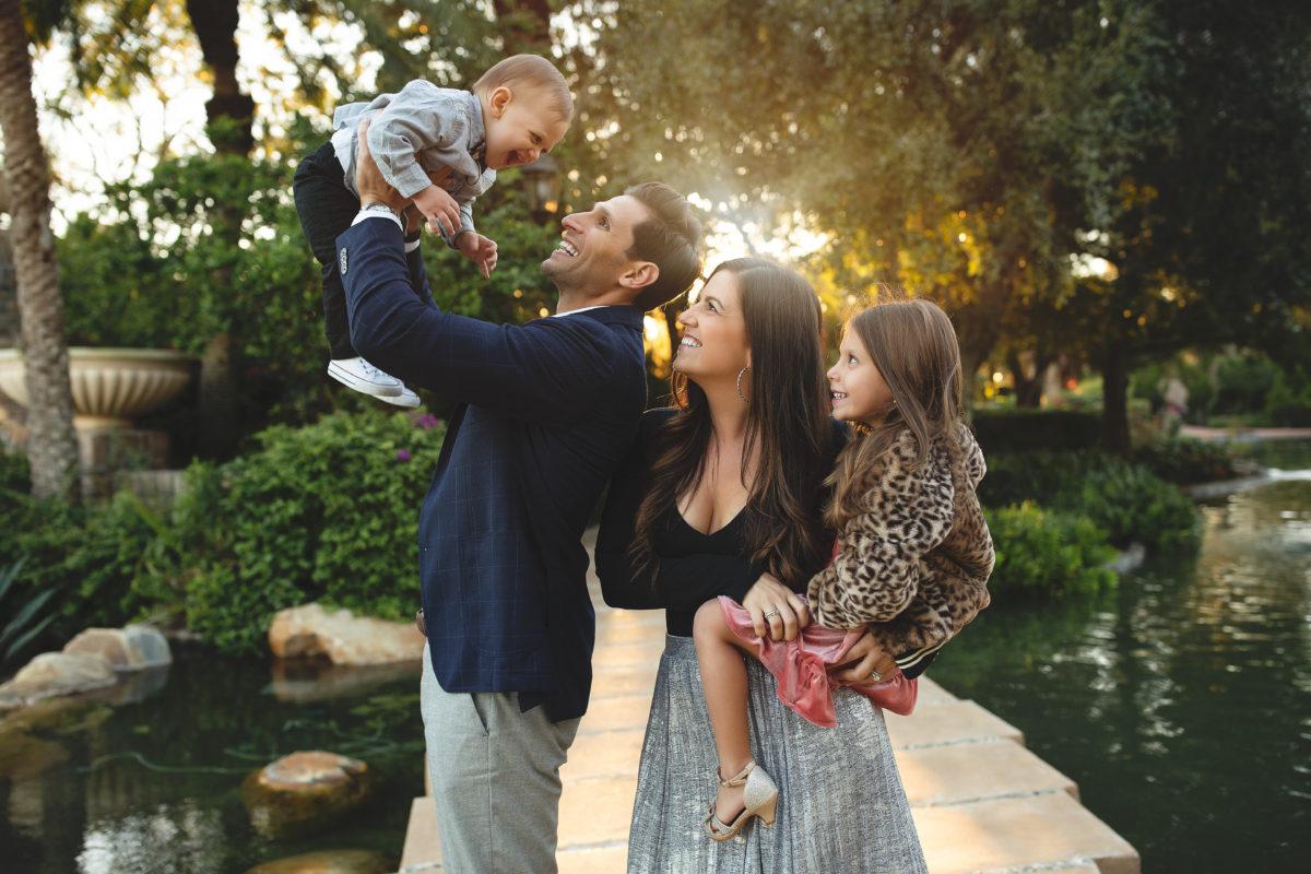 Winter family photoshoot, holiday glam family photos