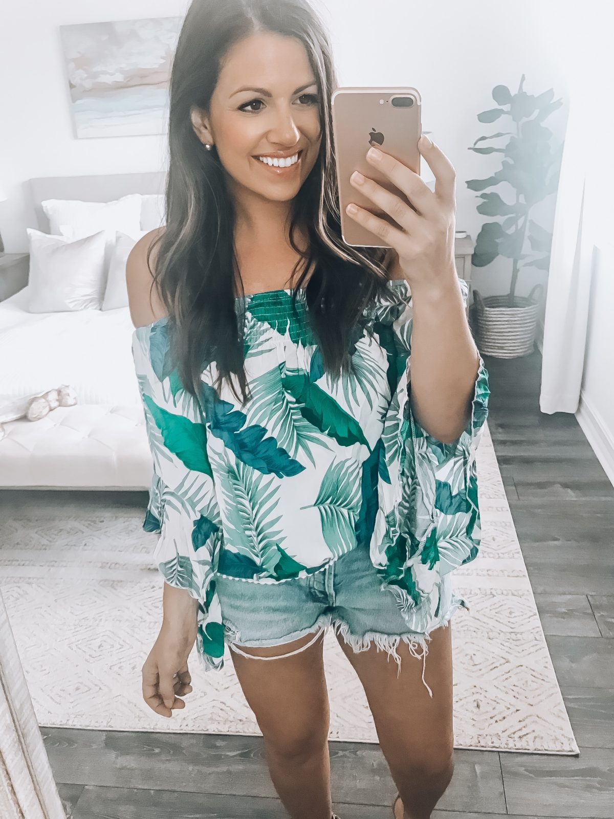 palm print off shoulder top