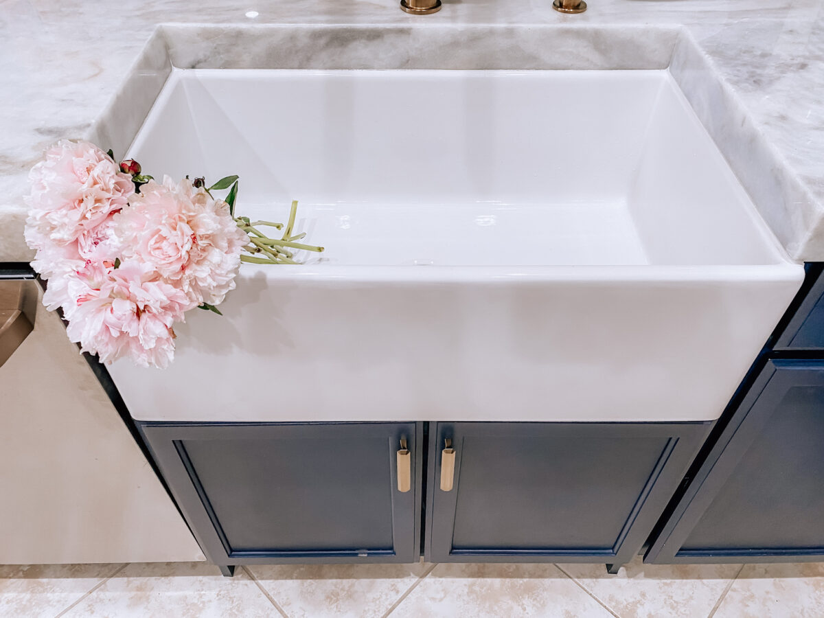 Vintage Tub sink farmhouse sink, fireclay farmhouse sink